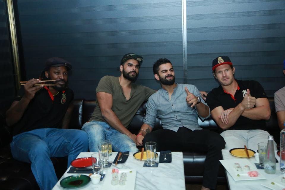 virat kohli, restaurant in delhi, delhi food,