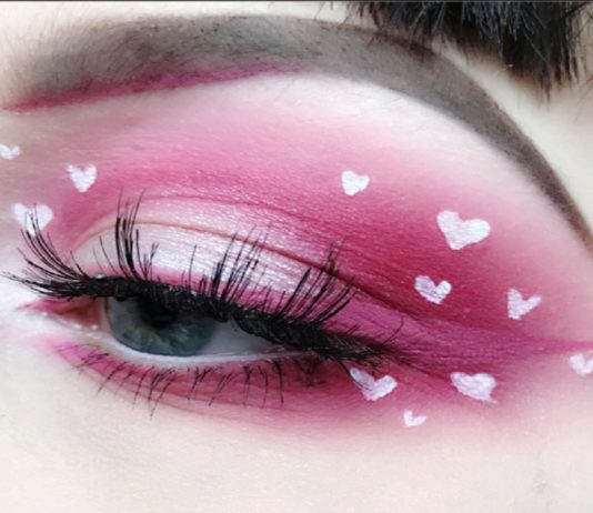 eye makeup, valentine's theme makeup, makeup for valentine's day, glittery makeup, heart eye makeup
