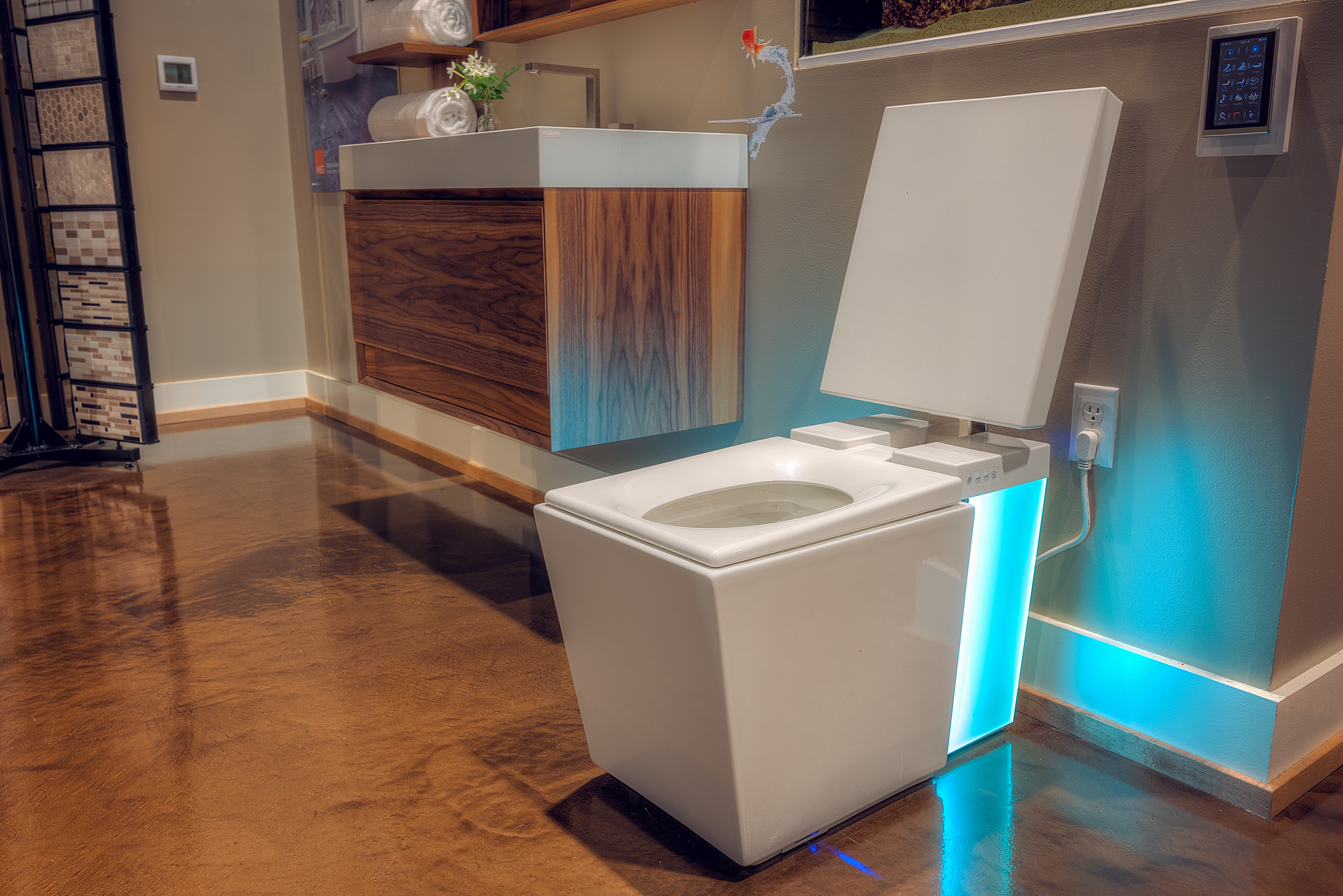 This 6000 INTELLIGENT TOILET Is The Self Warming Bluetooth
